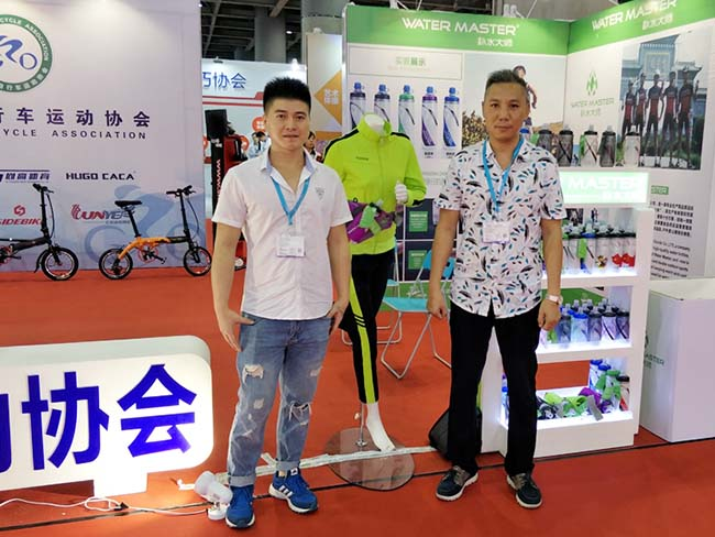 Yinxin Plastic-Yinxin Plastic Sports Water Bottle Leading Technology In The Industry-11